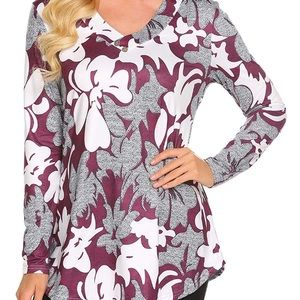 Tops - NWT floral tunic top